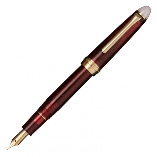 Sailor Shikiori Yodaki burgundy fountain pen